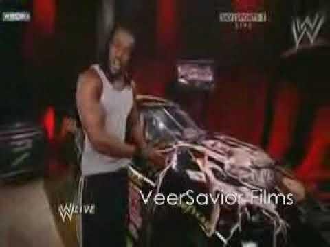 Kofi Kingston Destroys Randy Orton's New Car - YouTube