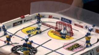 Настольный хоккей-Table hockey-WCh-2011-DMITRICHENKO-NUTTUNEN-Game5-comment-TITOV