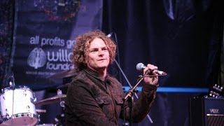"Toploader performing ""Never Stop Wondering"" at LeeStock Music Festival 2013"