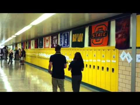 Scenes From Southeast High School In Wichita Youtube
