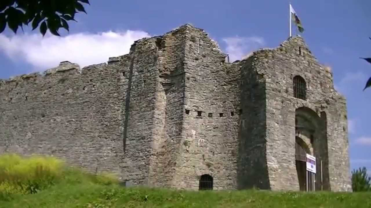 Oystermouth Castle, Mumbles, Swansea, Wales - YouTube