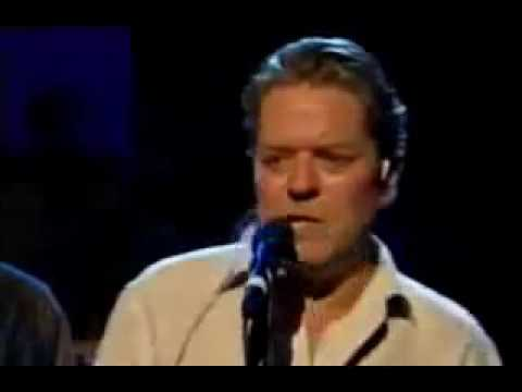 Robert Palmer, with Carl Carlton     Am I Wrong, live in 2003