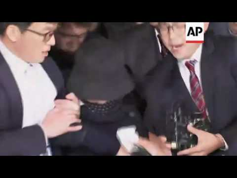 Raw: South Korean Scandal Roils Government
