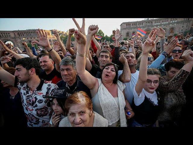 <h2><a href='https://webtv.eklogika.gr/armenia-neo-kalesma-gia-diadiloseis' target='_blank' title='Αρμενία: Νέο κάλεσμα για διαδηλώσεις'>Αρμενία: Νέο κάλεσμα για διαδηλώσεις</a></h2>