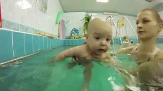 Грудничковое плавание 6-7 месяцев
