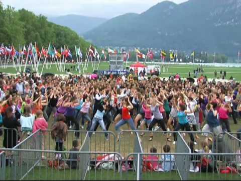 M Bel In Freiburg Im Breisgau flashmob klok doovi