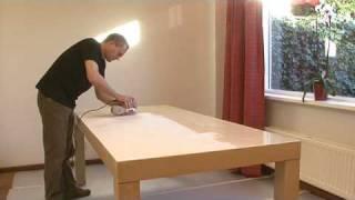 Houten tafel verven - Rambo Pantser Lak hout interieur
