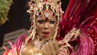 Sambódromo vibra el carnaval