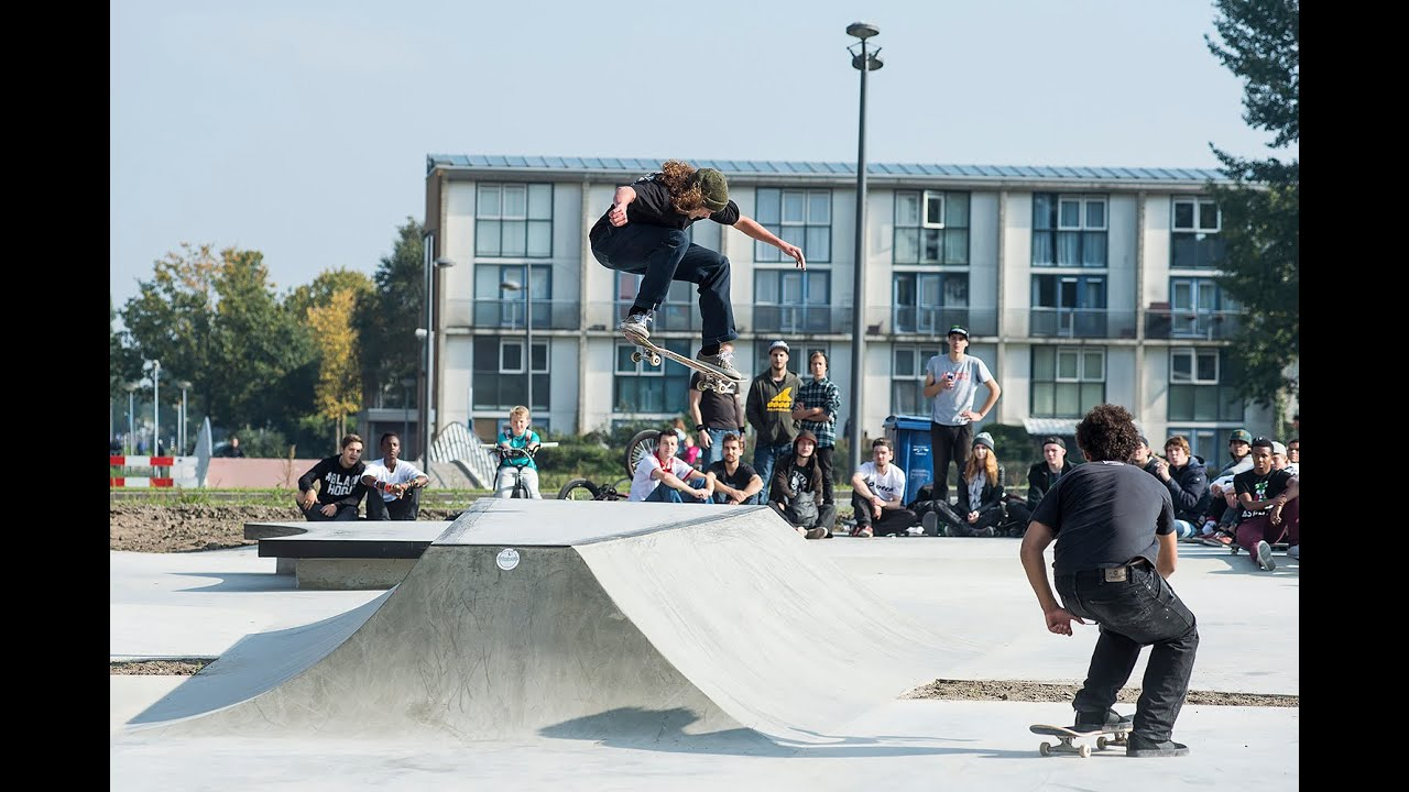 4a00ac82 Opening Skateplaza Almere & Vans Demo - YouTube