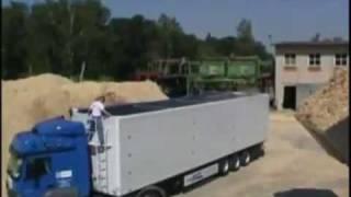 Semi-remorque à fond mouvant Kraker Trailers CF BEST vidéo