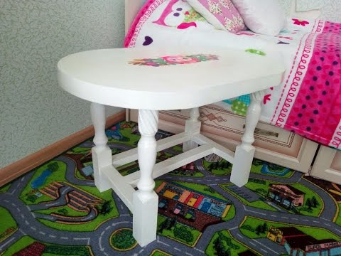 Смотреть онлайн Мастер - класс по созданию и росписи стола. Creating and painting table.