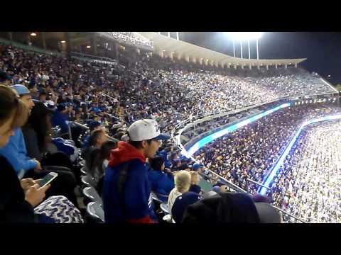 Dodgers Stadium (the wave)