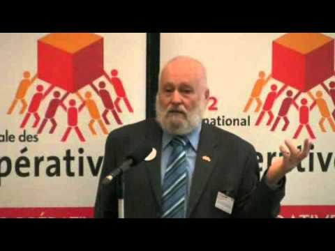 Governance and Democracy: The Board's Role in a Co-operative