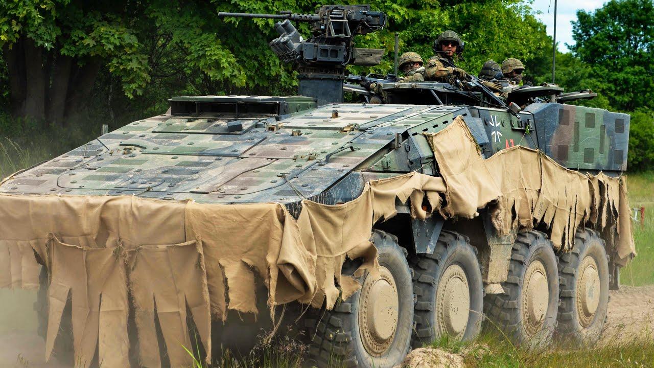 ボクサー装輪装甲車