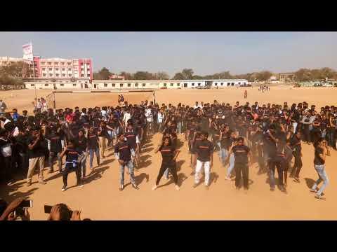 Malla reddy college/tech fest 2018/flashmob by EEE&ECE students