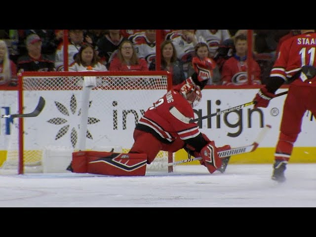 Scott Darling flashes the leather to rob Kane