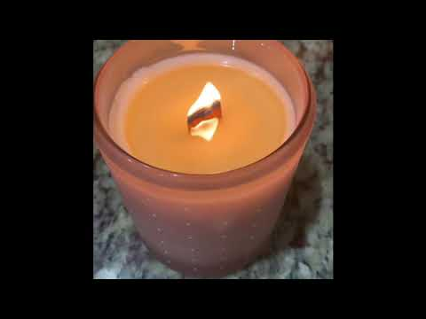 How to Light Wooden Wick Candle