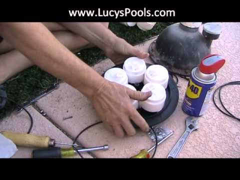 Caretaker in floor cleaning system floor matttroy for Pop up swimming pool maintenance