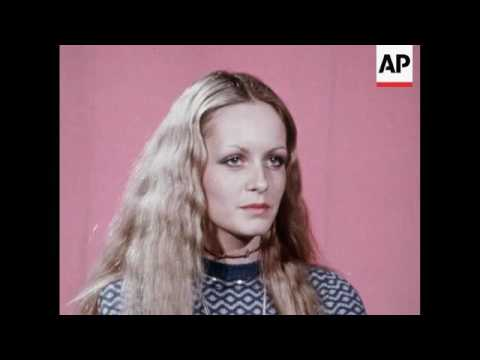 Interview with Twiggy