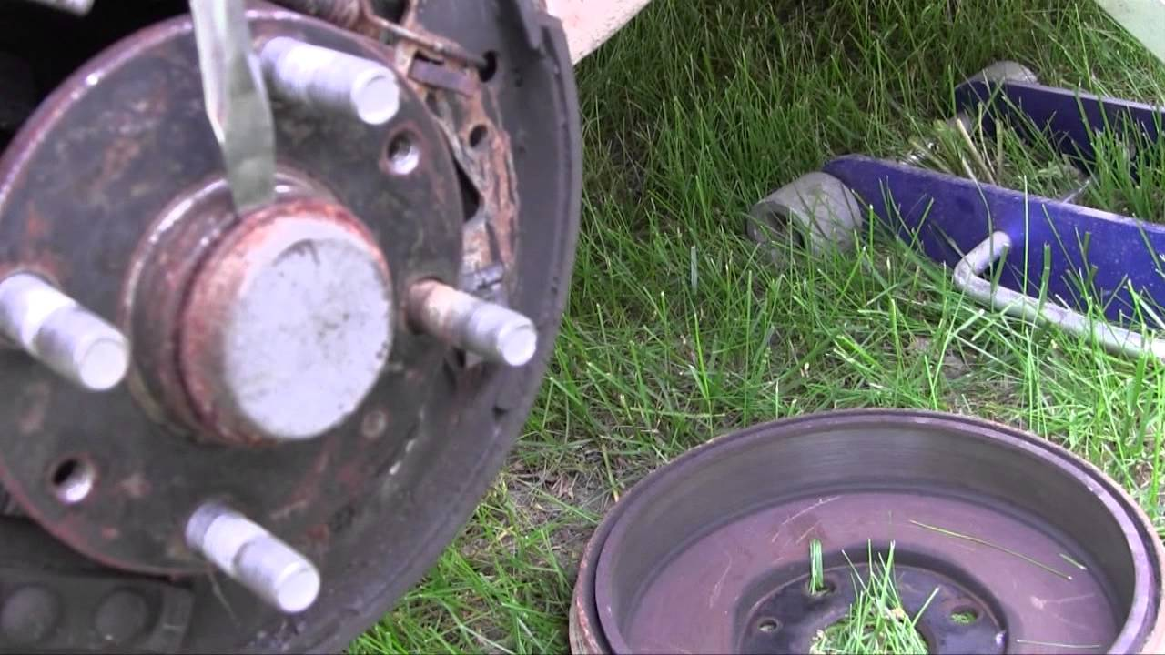 wheel bearing dust cap removal how to car truck [ 1280 x 720 Pixel ]