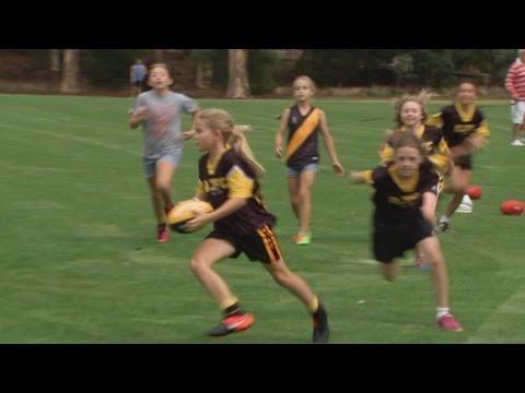 Australia Wide: Women's AFL encouraging girls to join the sport