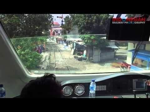 cabin ride kereta api railbus bathara kresna