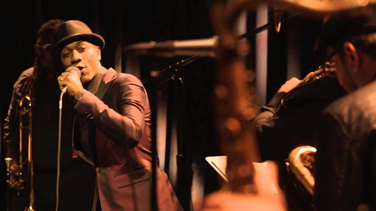 Aloe Blacc — Wake Me Up (Live from Interscope Introducing)