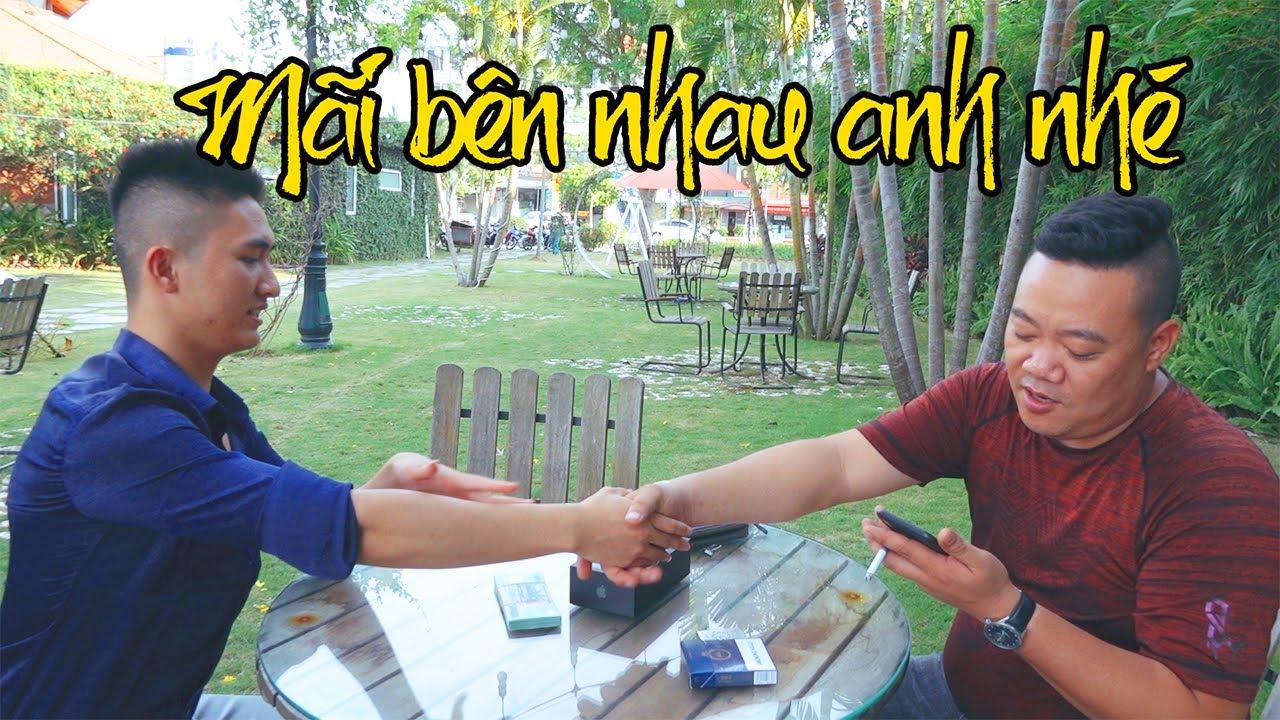 Phạm Việt Anh Tặng IPhone 11 Pro Max Cảm Ơn Thắng Cá Chép Đã Cưu Mang Giúp Đỡ Lúc Khó Khăn
