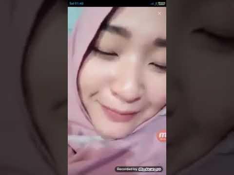 Viral Cewek Jilbab Wik Wik Sambil Live Streaming