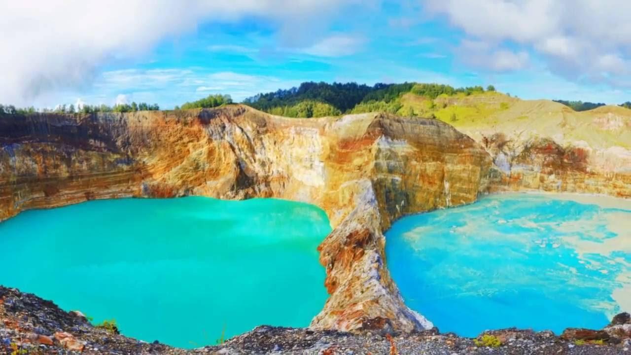 Kelimutu Volcano Flores, Indonesia   Wonderful photos of