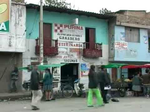 Documental La Riqueza se va, la pobreza se queda