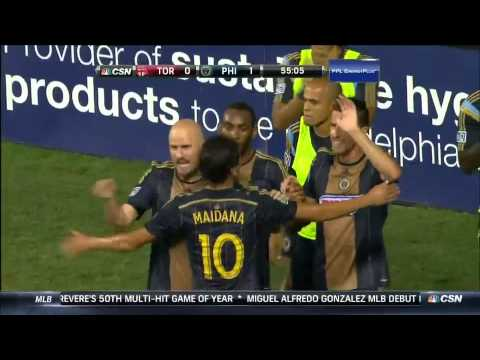 GOAL: Conor Casey slots home from close range to give Philadelphia the lead