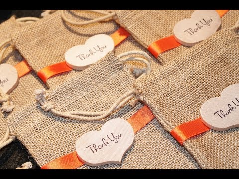 30+ Unique Wedding Favors Guests Will Actually Appreciate