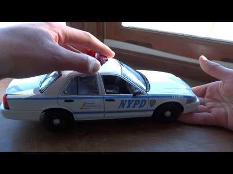 Review Of 1/18 NYPD By Greenlight (w/ Lights And Sounds!)