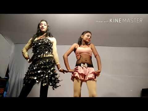 दिने-पर-दोनों-लटके-इस-वीडियो-में-लड़की-का-हरकत-देखिए-dj-remix-के-साथ...