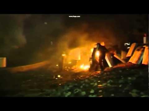 Ukraine   Polizisten von Pro EU Demonstranten in Brand gesteckt   21 Januar 2014