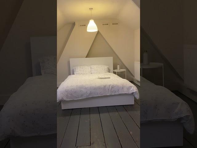 Spacious Double Room available  Main Photo