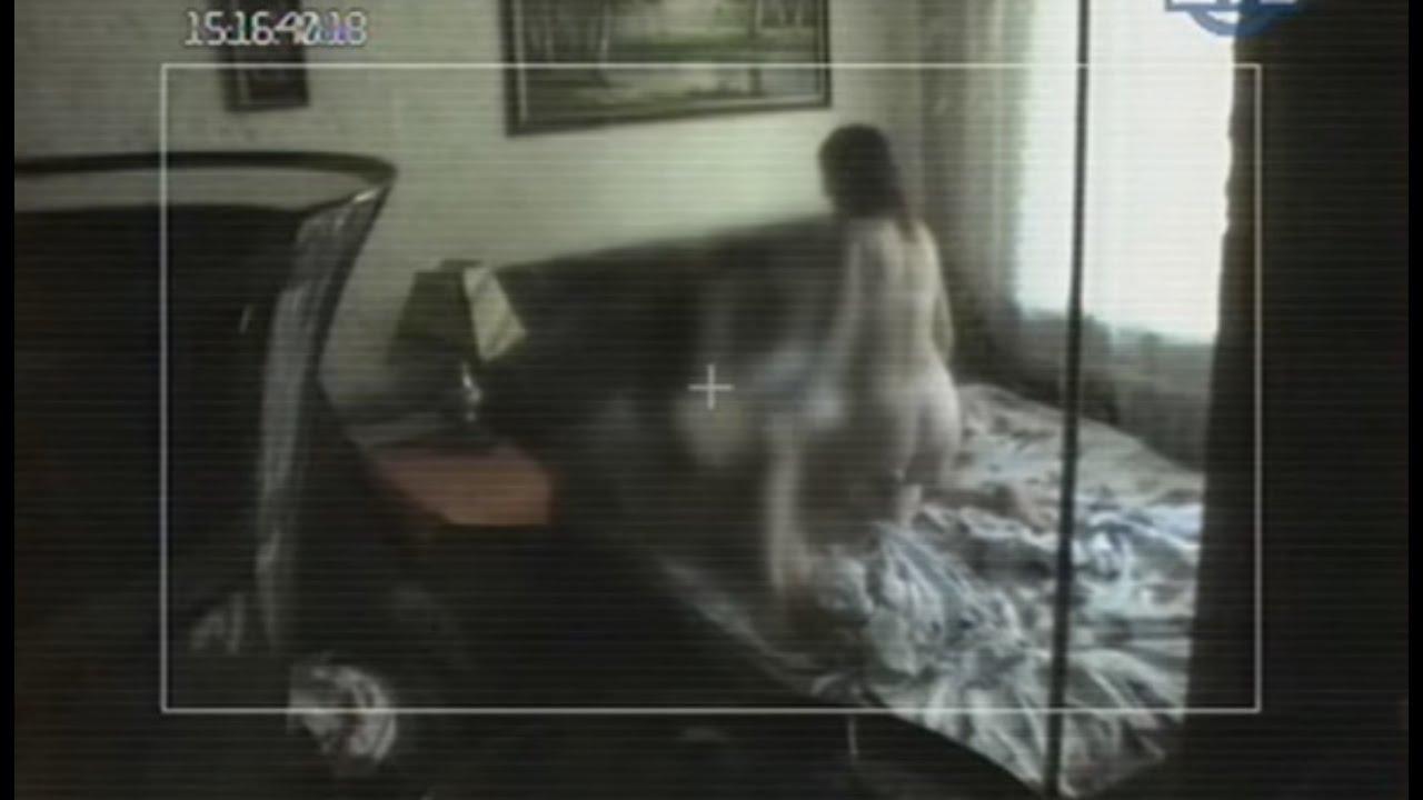 Между ног измена жены смотреть онлайн ролик