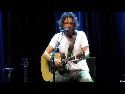 Chris Cornell- I Am the Highway (Acoustic)