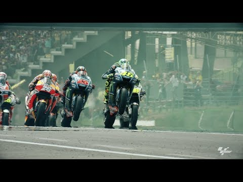 Mugello Fans #CantStop Supporting Valentino Rossi   One Obsession - Oakley