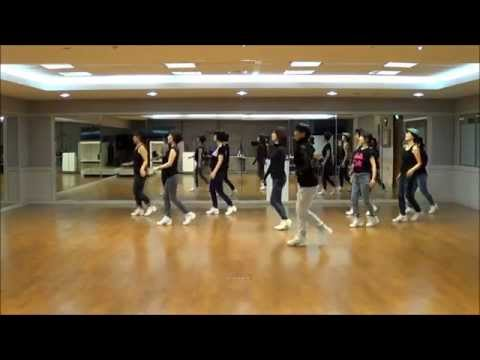 Besame Mucho Chacha Line Dance(Improver Level)