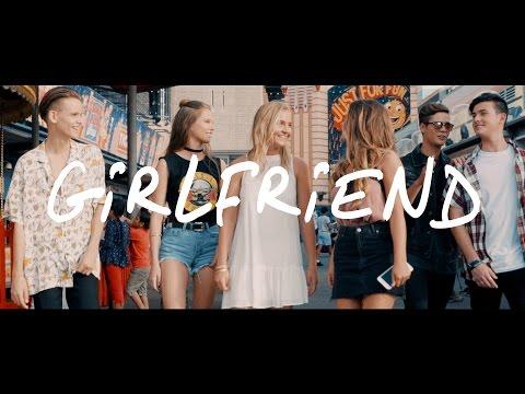 In Stereo - GIRLFRIEND