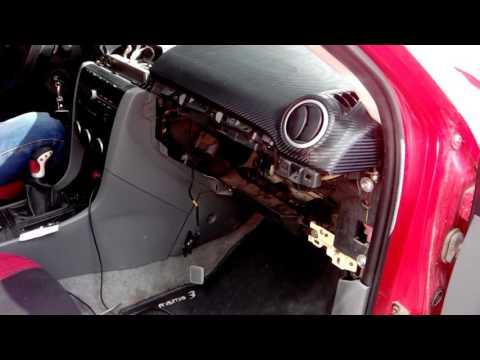 Mazda 3, снятие подушки безопасности переднего пассажира