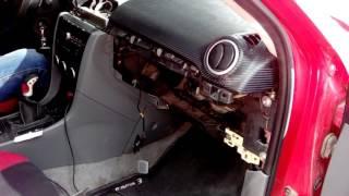Mazda 3, снятие подушки безопасности переднего пассажира(, 2017-01-29T21:06:51.000Z)
