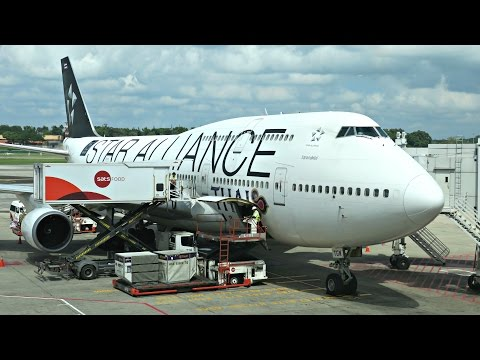 Thai Airways Boeing 747-400 Flight Experience: TG404 Singapore to Bangkok