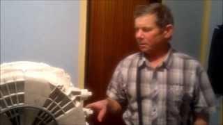 Ремонт стиральной машины барабан(Один из способов ремонта стиральной машины, а именно пластикого барабана. Наш мастер сможет провести ремон..., 2013-12-22T20:17:31.000Z)