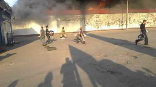 Сильный пожар склада автозапчастей(Подольский раен, симферополькое шоссе., 2014-05-15T16:49:13.000Z)