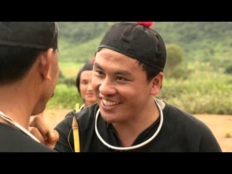 "New Hmong movie ""Tub Ntsuj Tujlub"" aka ""The hands and Feet of Spin Tops"" Official Trailer"