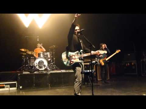 Weezer memories buddy holly encore live at the national richmond va 4 3 14 songs 17 18