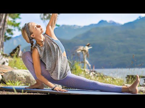 Total Body Morning Yoga Practice | 15 Min Sunrise Yoga Flow